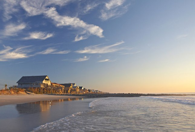 pawleys-road-trip-sunrise-beach-homes
